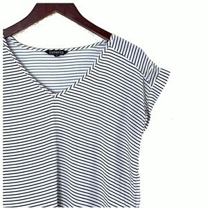 Express Tops - EXPRESS Black White Striped V Neck Career Top M